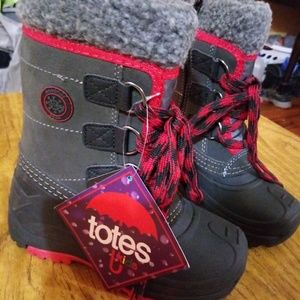 Totes kids winter boots